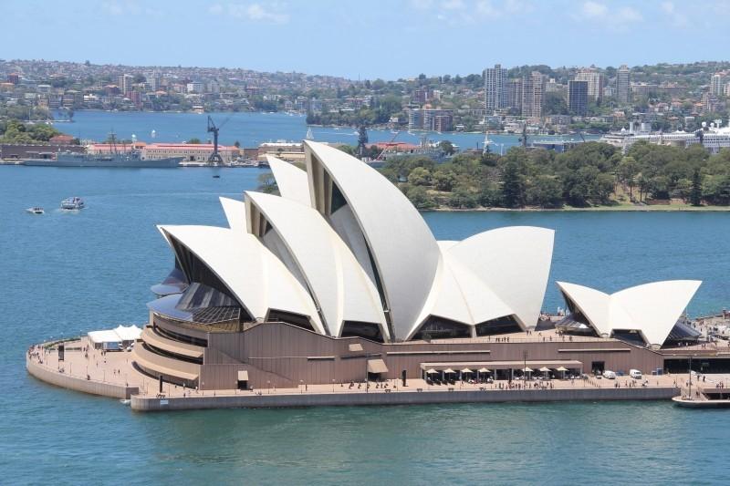 sydney-opera-sydney-opera-landmark-australia