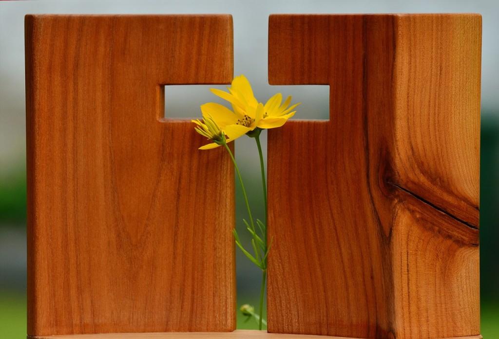 cross-1517094_1280