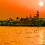 The Haji Ali Dargah. Image via Wikipedia.