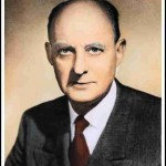Reinhold Niebuhr Steps onto the Stage