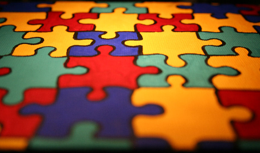 Autism_Awareness_puzzle pieces