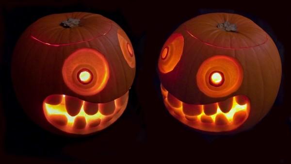 np151028a_pumpkintwins