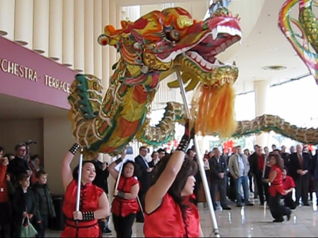 Dragon Dance, photo by Bob Fisher.