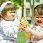 kids-fighting-572x269