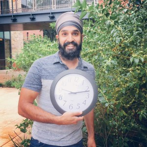 "Simran Jeet Singh @SimranColumbia ""Brought my clock to work today. #ISTAND WITHAHMED #SOLIDARITY"
