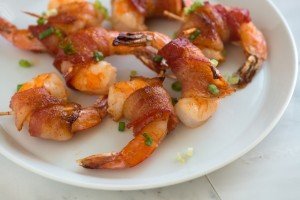 Spicy-Maple-Bacon-Wrapped-Shrimp-Recipe-1