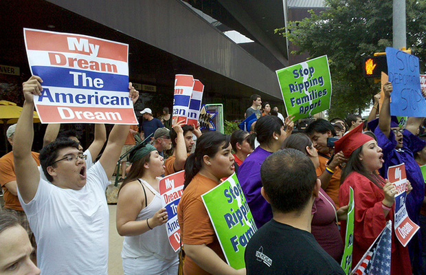 For Evangelicals, the Temptation of Comprehensive Immigration Reform