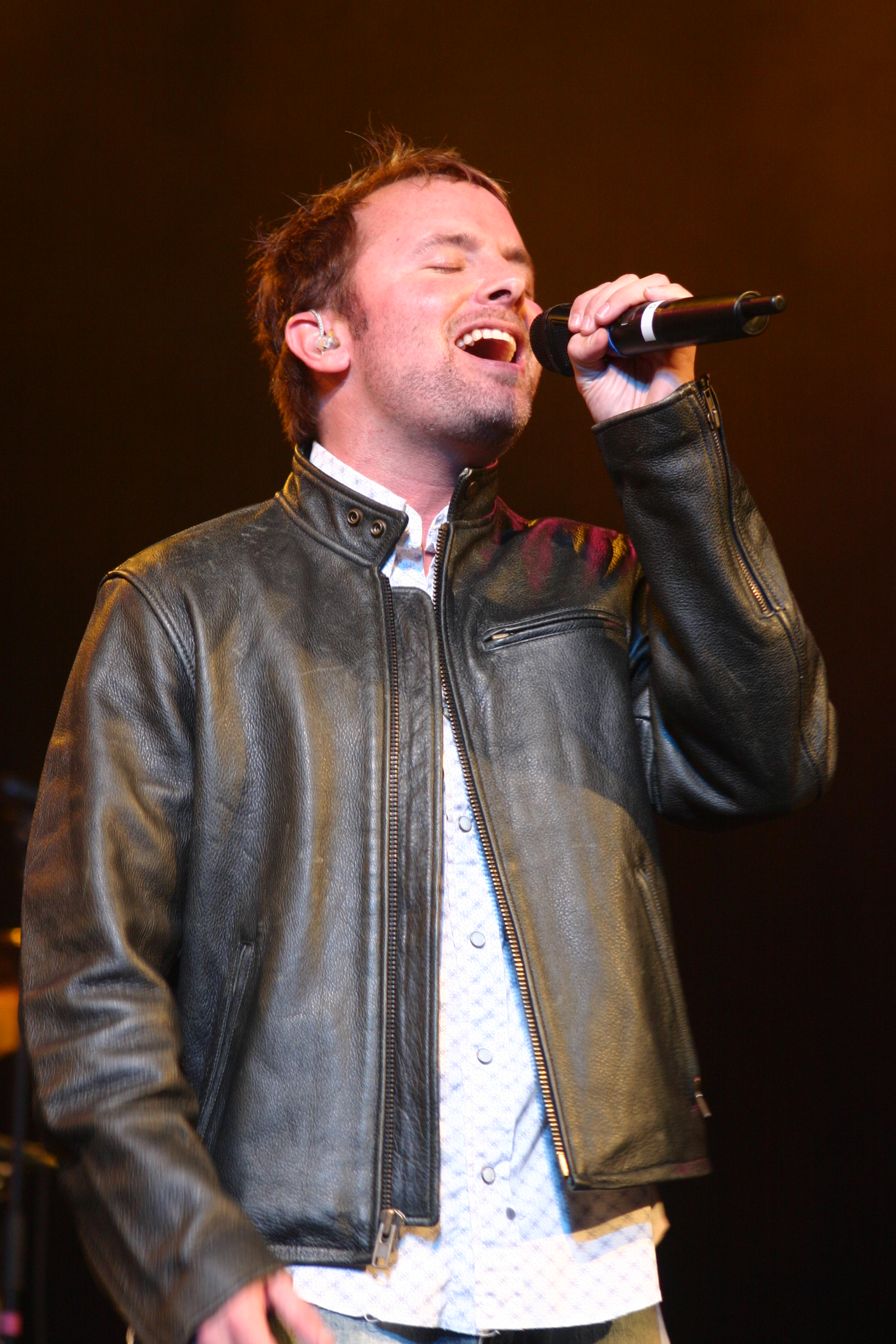 What did Chris Tomlin ever do to you? or: Why I criticize a worship superstar