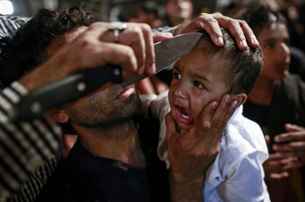 Shia Muslims Mark Holy Day With Bloody Self Mutilation Nsfl