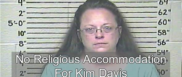 Kentucky Governor Throws Kim Davis Under The Bus