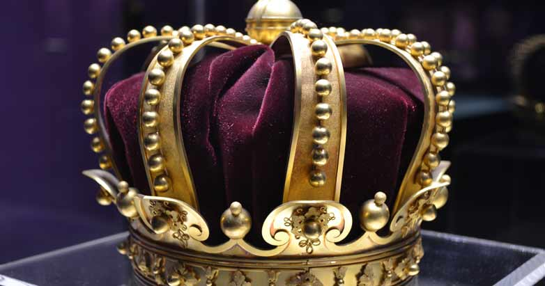 king-crown-prosperity-theology-patheos
