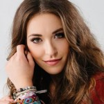 Lauren Daigle Leads With Six Nominations for Gospel Music Dove Awards