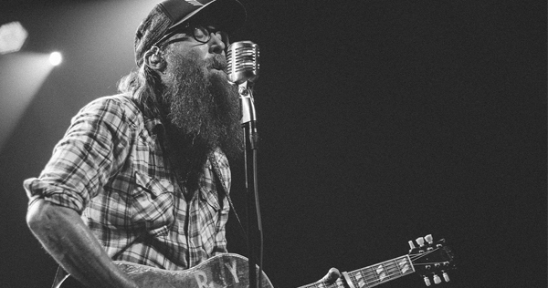 Crowder mashes up genres, offers praise on 'American Prodigal'