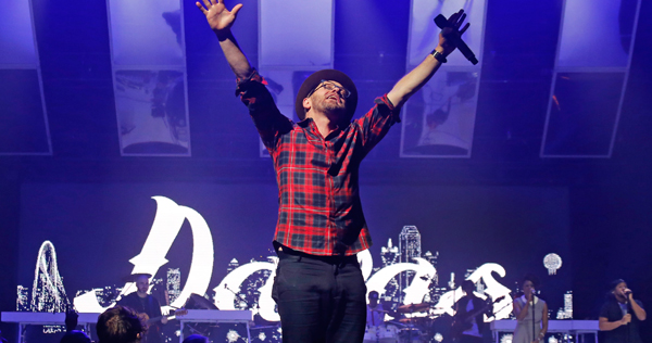 TobyMac performs during his concert film 'Hits Deep Live.' Image by Louis Deluca and courtesy of ForeFront Records/EMI CMG.
