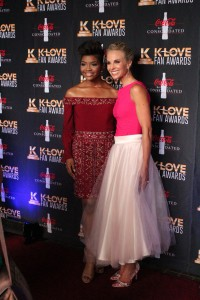 Elisabeth Hasselback and Jasmine Murray on the K-Love Fan Awards red carpet. Image by LeAnn Hamby