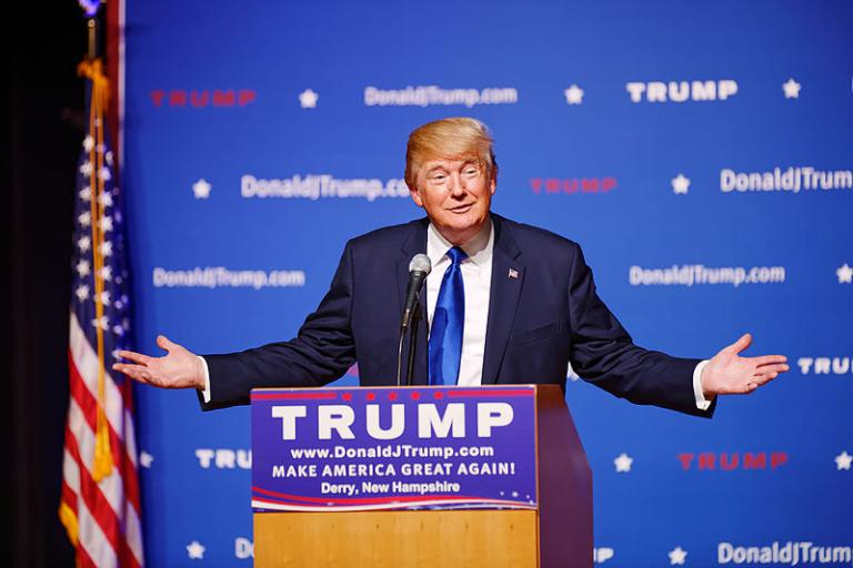Mr_Donald_Trump_New_Hampshire_Town_Hall_on_August_19th_2015_at_Pinkerton_Academy_in_Derry,_NH_by_Michael_Vadon_07