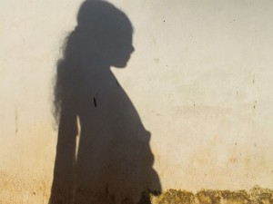 Shadow_in_women_in_sad