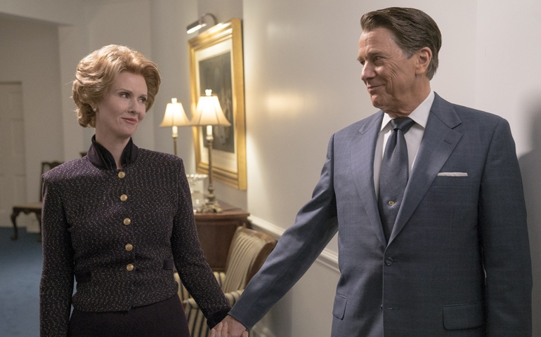 "Cynthia Nixon (as Nancy Reagan) and Tim Matheson (as Ronald Reagan) in ""Killing Reagan"" (National Geographic Channels/Hopper Stone, SMPSP)"