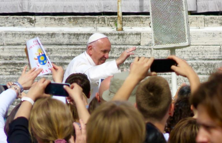 American Catholics Uneasy With Pope Francis
