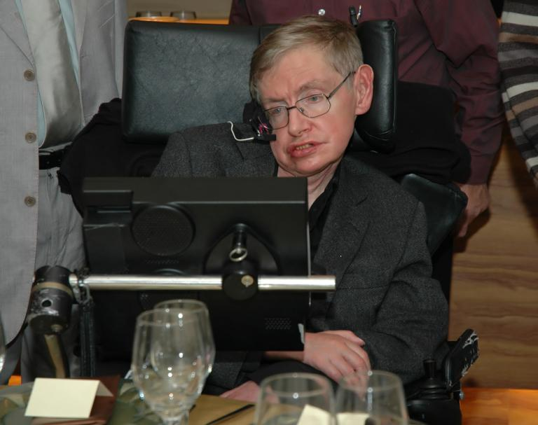 Legendary Physicist and Atheist Stephen Hawking Has Died