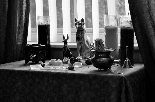Fox's Altar by kale willows (cc) 2012.