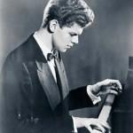 Van Cliburn: Musical legend, faithful Baptist, gay man
