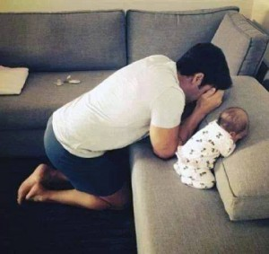 Baby-praying