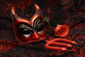 mask-2014554_640