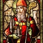 640px-Saint_Patrick_(window)[1]