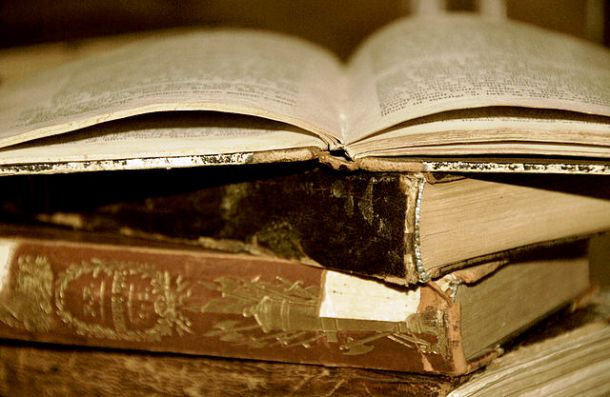 640px-Timeless_Books