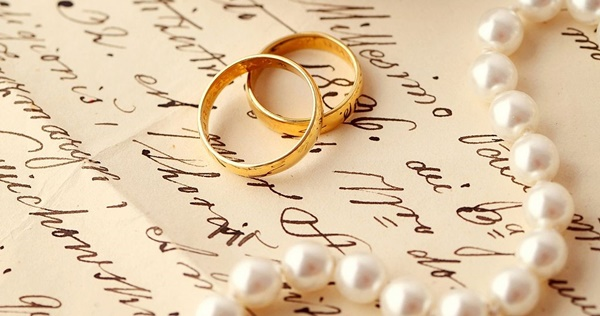 Gold-Wedding-Rings 1
