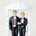 shutterstock_gaymarriage-1