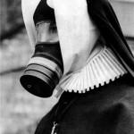 black,and,white,gas,masks,masks,nun,crazy,gas,mask-935604da1baf5026920585b0e51b1329_h