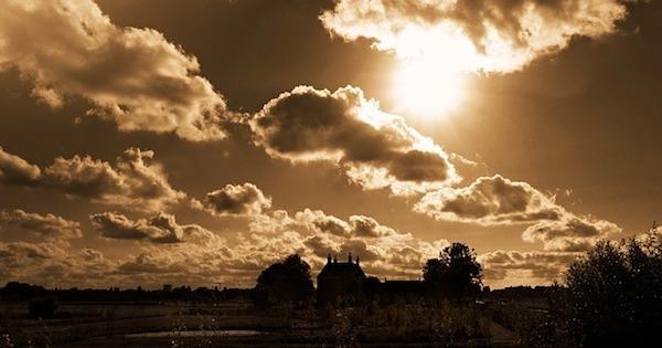 sky-1560400_640