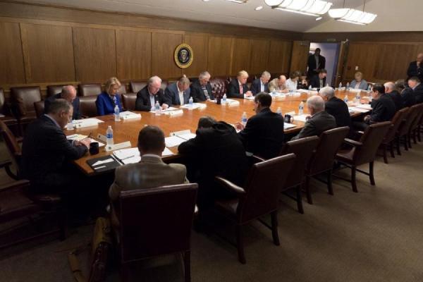 Trump Cabinet Meeting: Rameumpton Edition