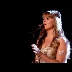 Holly Tucker Sings Hymn on 'The Voice:' Comforting After Oklahoma Tornado