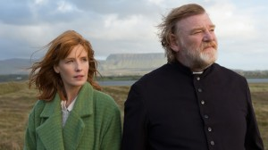 Father James and his daughter Fiona (Kelly Reilly)
