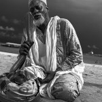 Tarkawa Bay- Snake Charmer by Sudhanshu Pran Kaul licensed under CC by 2.0