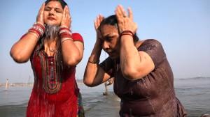 Pilgrimage-Allahabad_Bathing
