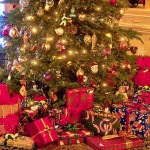 stxmco001christmas_tree_and_presents