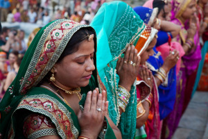 Why Do Hindu Beliefs Vary Widely? [Google Questions Answered]