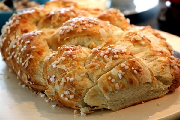 Braided Bread for Simple Feast - CC0 Public Domain - Pixabay