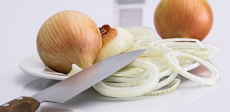Broke Bitch Groumet: Italian Onion Survival Soup