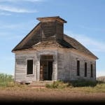Abandoned_church_in_New_Mexico